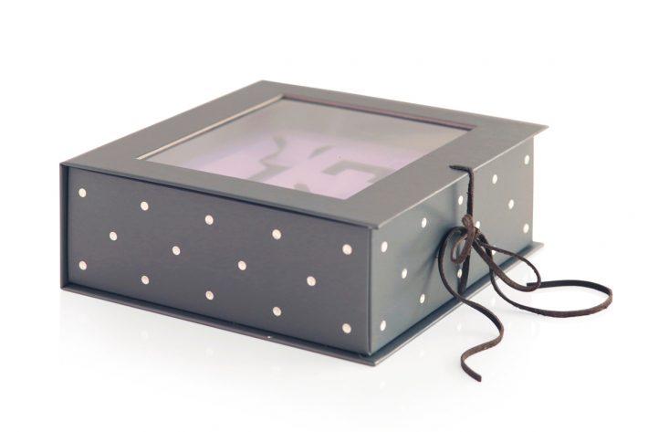 Bookbox_DR.WOLFF_2a