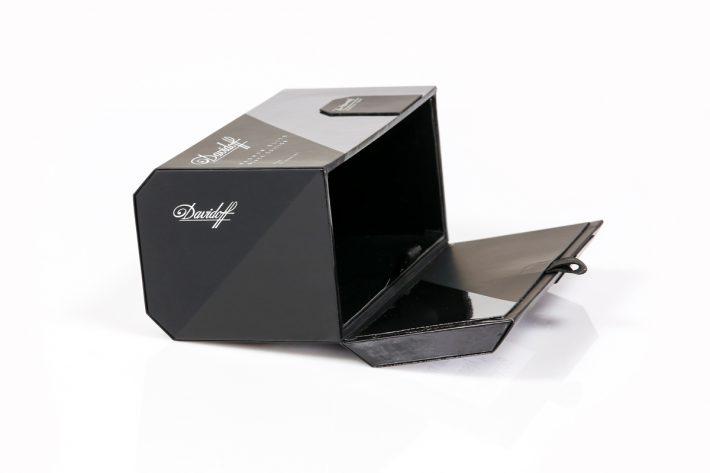 Specials_Klappkoffer_DAVIDOFF_Zigarettenbox_2